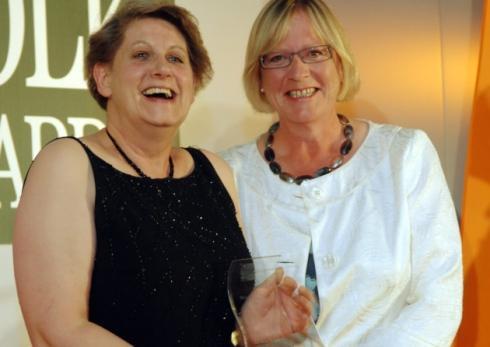 EDP Norfolk Food Awards 2008 - Best Farmers' Market winner Aylsham - Liz Jones with Sarah Wilson, Natural England area manager Photo: Bill Smith For: EDP / EDP Norfolk Archant © 2008 01603 772434